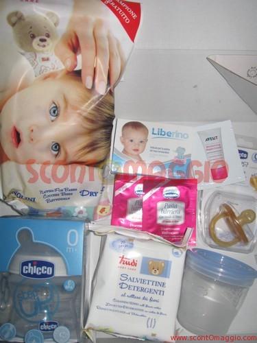 baby bag: ciucci, pannolini, campioncini