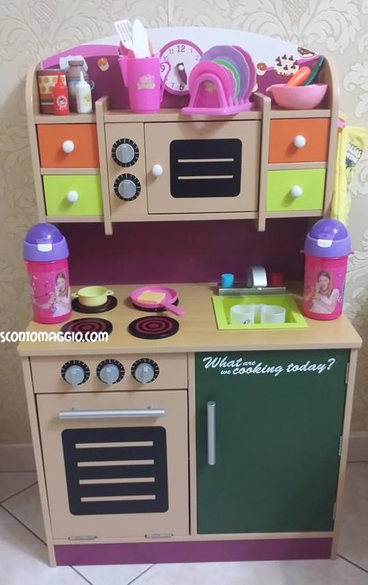 Cucina scooter giocattolo e scopa elettrica imetec for Cucina giocattolo